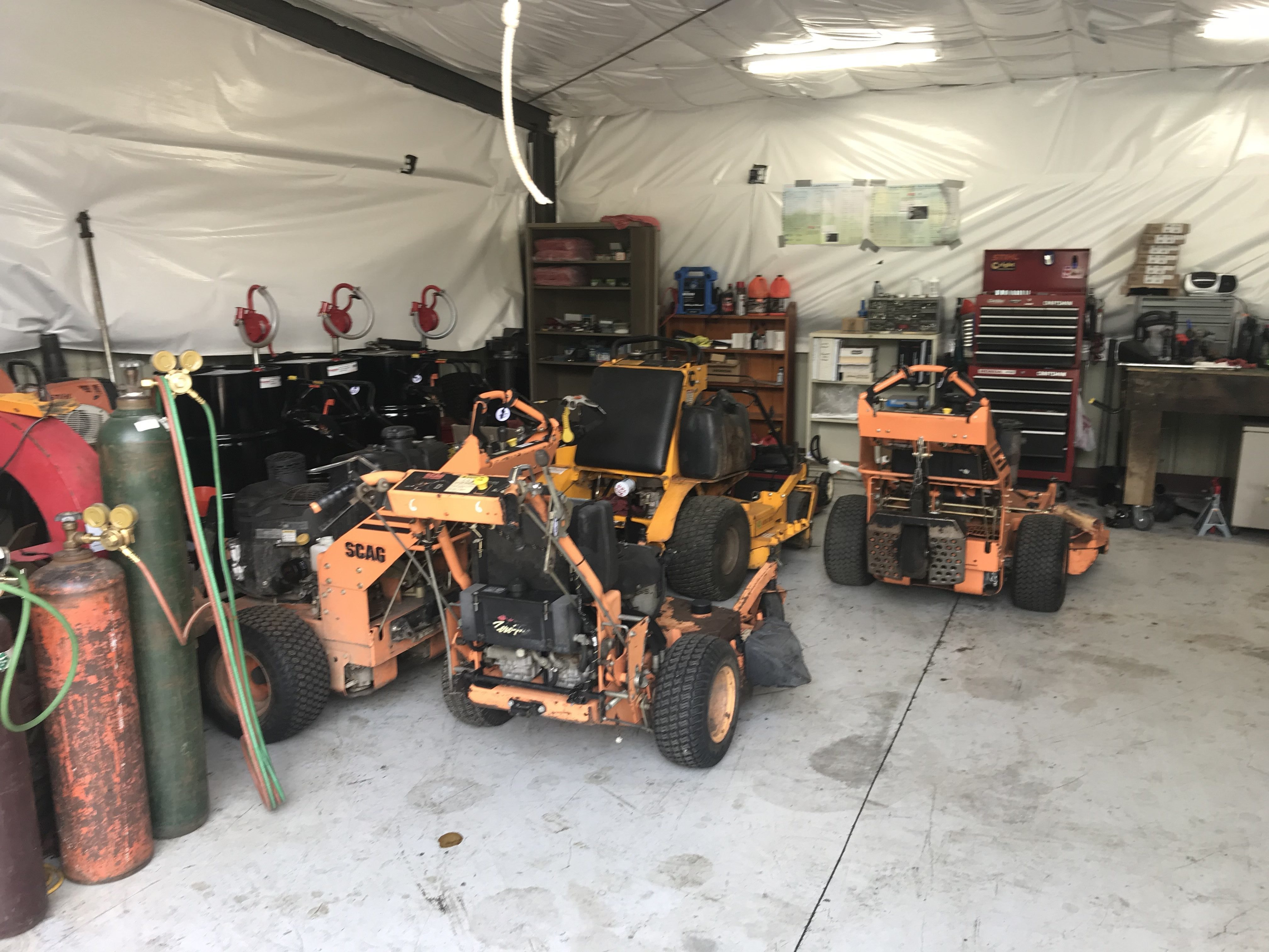 Lawn Mower Repair Shop